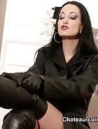 Hot Leather Goddess