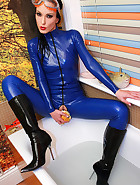 Wet wank in blue latex catsuit, pic #9