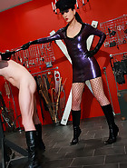 Strict and cruel rubber Mistress, pic #3