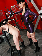 Strict and cruel rubber Mistress, pic #4