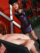 Strict and cruel rubber Mistress, pic #6
