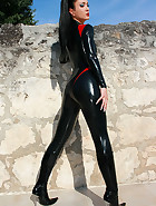 Hot and horny in my latex catsuit, pic #1