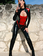 Hot and horny in my latex catsuit, pic #6