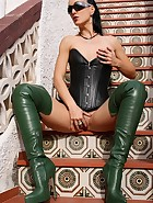 Fetish Lady in leather and boots, pic #13