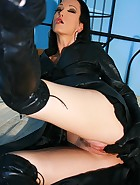 Wearing leather gets me so horny, pic #6