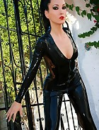 Shiny and sexy black latex catsuit, pic #1