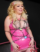 Pissy in Pink, pic #10