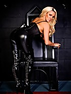 Come Worship Me In My Dungeon, pic #3