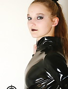 Vivi in latex, pic #5