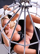 Bound and Spread, pic #9