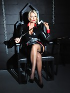 Mistress in the Dungeon, pic #1