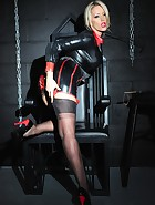 Mistress in the Dungeon, pic #5