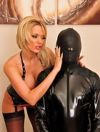 Lucy and The Gimp, pic #1