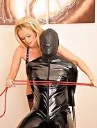 Lucy and The Gimp, pic #6