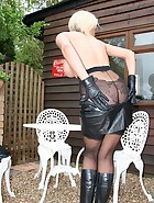 Leather blonde, pic #7