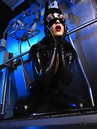 Sexy Cat Bitch poses in latex, pic #1