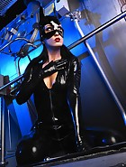 Sexy Cat Bitch poses in latex, pic #2