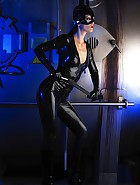 Sexy Cat Bitch poses in latex, pic #5