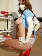 Amateur nurse Laura, pic #13