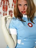 Amateur nurse Laura, pic #3