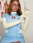 Amateur nurse Laura, pic #7