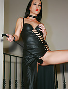Classic Mistress in long leather, pic #11