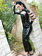 Dark Princess in shiny black PVC, pic #13