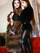 Classy ladies play in real furs, pic #3
