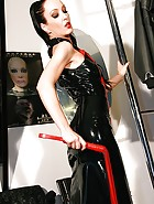 Real life latex fitting in Munich, pic #9