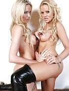 Erotic Lesbians Smoking, pic #9